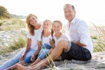 familienbande - familie_shooting_rostock_gottowik_familienfotografin_112_15-01-28_13-07-2020.jpg