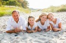 familienbande - familie_shooting_rostock_gottowik_familienfotografin_113_15-01-28_13-07-2020.jpg