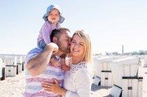 familienbande - familie_shooting_rostock_gottowik_familienfotografin_48_15-00-41_13-07-2020.jpg