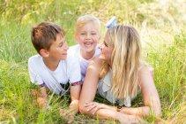 familienbande - familie_shooting_rostock_gottowik_familienfotografin_55_15-00-46_13-07-2020.jpg