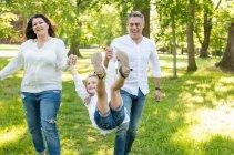 familienbande - familie_shooting_rostock_gottowik_familienfotografin_58_15-00-48_13-07-2020.jpg
