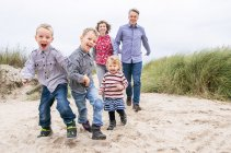 familienbande - familie_shooting_rostock_gottowik_familienfotografin_61_15-00-51_13-07-2020.jpg