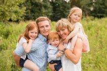 familienbande - familie_shooting_rostock_gottowik_familienfotografin_73_15-01-00_13-07-2020.jpg