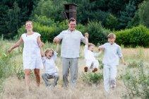familienbande - familienshooting_andrea_gottowik_rostock_warnemuende_ostsee_strand_natur_63_14-51-26_03-02-2021.jpg