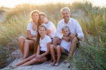 familienbande - familienshooting_andrea_gottowik_rostock_warnemuende_ostsee_strand_natur_66_14-51-28_03-02-2021.jpg
