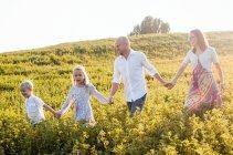 familienbande - familienshooting_soul_photographics_rostock_32_08-35-49_27-06-2019.jpg