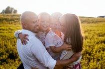 familienbande - familienshooting_soul_photographics_rostock_33_08-35-54_27-06-2019.jpg