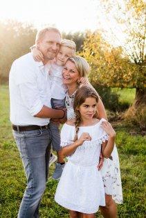 familienbande - familienshooting_soul_photographics_rostock_75_08-39-51_27-06-2019.jpg